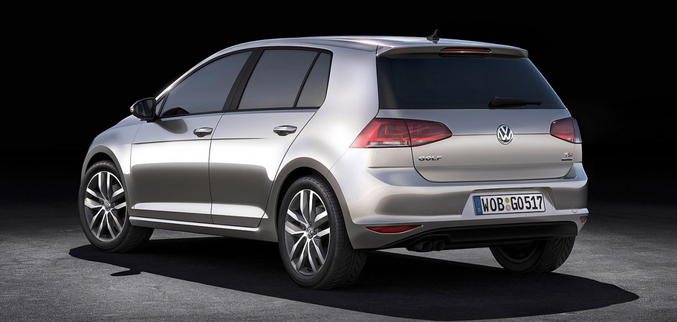2013_volkswagen_golf_official_5