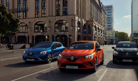 00-All-new-Renault-Clio-family-Intens-RS-Line_Initiale_Paris-1600x728