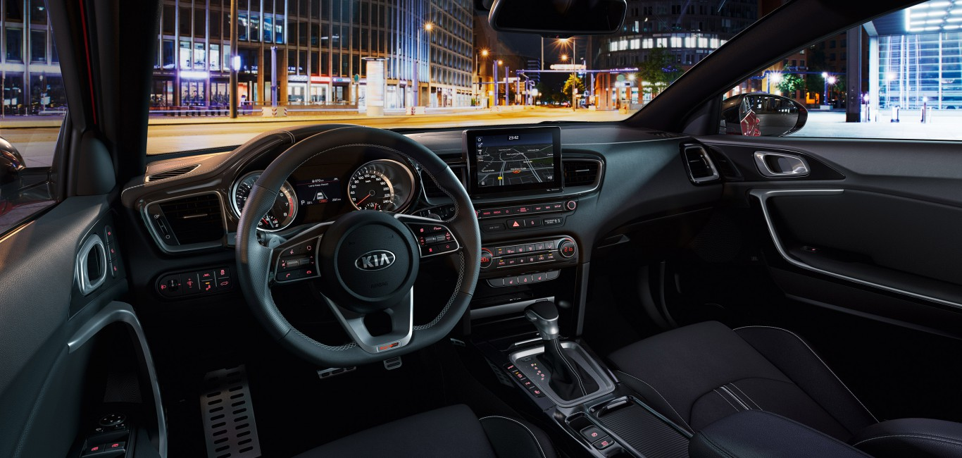 06-kia_pressrelease_2018_PRESS-HIGHRES_proceed_interior_bg