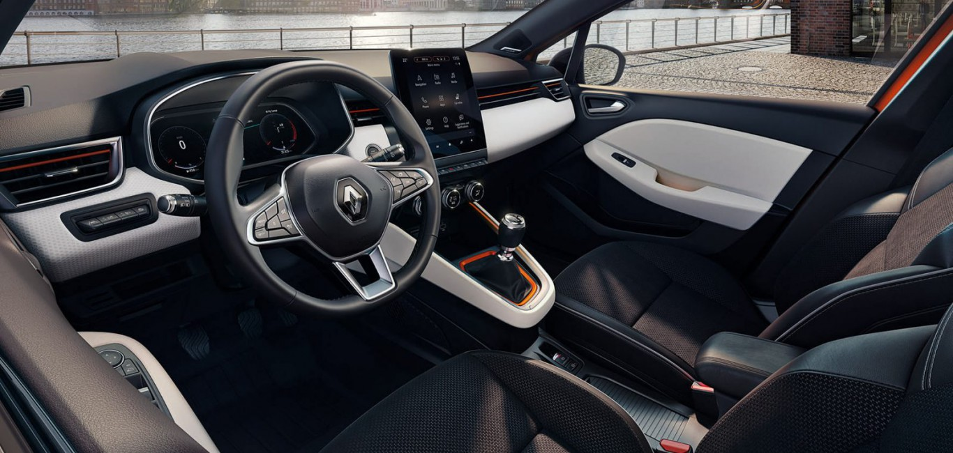 12-All-New-Renault-Clio_Intens-1600x1200