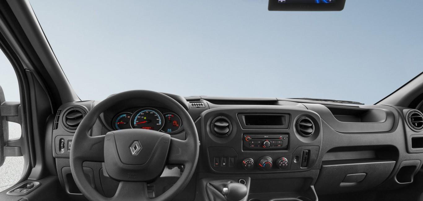 Renault-Master-ZE-1-1600x1161