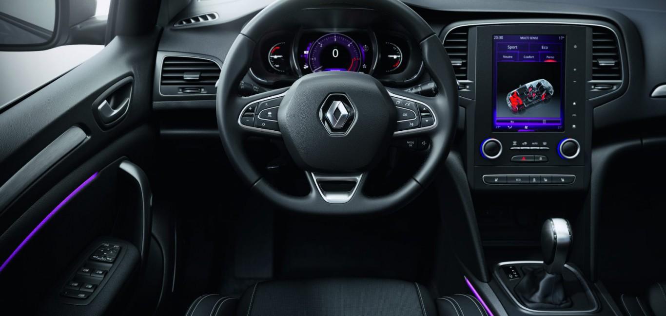 Renault-Megane-8-1600x1067